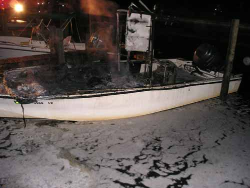 boat fire pic
