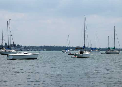 7-1-09/bb-harbor.jpg