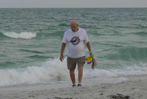Anna Maria Islander: Holiday brings clean beaches campaign