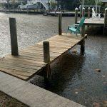 Brown 'gumbo' algae invades island